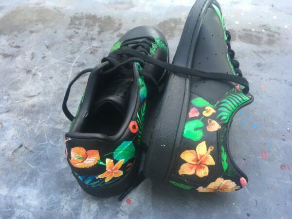 Fleurs couleurs sur noir